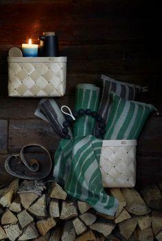 Laadukkaat kylpytuotteet ja suomalainen design sopivat niin kyläpaikan joulutuliaisiksi kuin vannoutuneen kylpijän pakettiinkin. Bathroom Ideas, Gift Wrapping, Gifts, Design, Gift Wrapping Paper, Presents, Wrapping Gifts, Favors