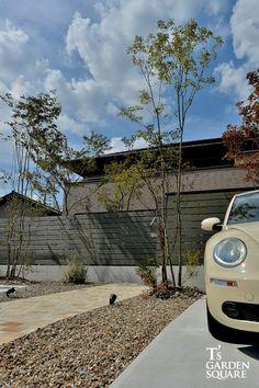 ワーゲンもにあう❤️かわいい駐車場デザイン シンプルな積水ハウスの庭  LIMIA(リミア) Outdoor, Outdoors, Outdoor Games, The Great Outdoors
