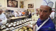 Wir freuen uns ganz besonders Dolci und Panettoni von der Pasticceria Giotti anzubeiten, die in der Schweiz von @gourmethica_ch vertrieben werden. Die Gebäcke gehören zu den Besten Italiens und werden in einer besonderen Institution hergestellt. Schauen Sie selbst... (Italienisch mit deutschen Untertiteln).
