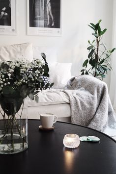 Gorgeous lounge room Living Room Interior, Home Living Room, Interior Design Inspiration, Room Inspiration, Living Tv, Lounge, Home And Deco, Scandinavian Home, Home Office