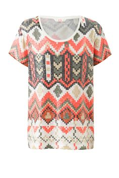Sass and Bide THE KINGDOM sequinned tee - if it can turn heads in a cafe, I think I might need this!