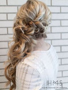 wedding hairstyle via Hair and Makeup by Steph - Deer Pearl Flowers / http://www.deerpearlflowers.com/wedding-hairstyle-inspiration/wedding-hairstyle-via-hair-and-makeup-by-steph/
