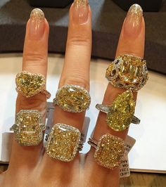 Comment your favourite diamond ring number. Tag a friend and comment your best guess of her favourite ring number 😉🌟✨💍gorgeous fancy color diamond rings by 💛👌🌟💎💛👌🌟💍💎💛💍💫💛💍💫💎💛💍💎💫💎🌟 Diamond Bracelets, Diamond Jewelry, Diamond Earrings, Luxury Jewelry, Beautiful Rings, Beautiful Life, Bling Bling, Jewelery, Vintage Jewelry