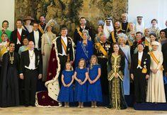 CONVERSANDO ALEGREMENTE SOBRE A HISTÓRIA.: Todos os Príncipes Herdeiros do Trono da Holanda, também detinham, e detêm, os Títulos de Príncipes dos Países Baixos, Príncipes de Orange-Nassau.
