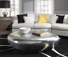 Wohnzimmer Farbgestaltung U2013 Grau Und Gelb   Wohnzimmer Farbgestaltung  Stadtwohnung Teppich Gelb Stehlampe | Räume | Pinterest