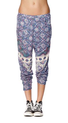 Stylish printed leisure pants