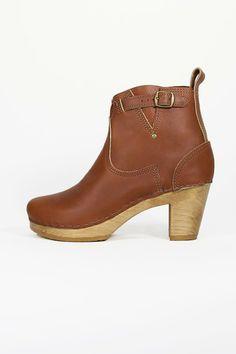 5'' Buckle Boot on High Heel