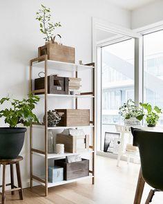 JYSK - Madrasser, dyner, puter og møbler til lave priser! Shop Front Design, House Design, Desk Inspiration, Interior Inspiration, Facade House, My Dream Home, Storage Shelves, Decoration, Bookcase