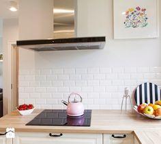 Kuchnia w stylu skandynawskim. - zdjęcie od Kwadraton  kitchen design   white kitchen   scandinavian design   style   home