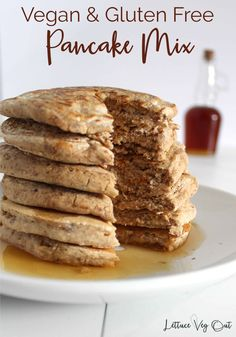 This simple, 3 ingredient gluten free vegan pancake mix recipe create delicious, fluffy and healthy vegan pancakes! #vegan #veganpancake #veganpancakerecipe #veganrecipe #veganbreakfast #oatflour #flaxseed #3ingredients #glutenfree #glutenfreebreakfast #glutenfreepancake #veganglutenfree #glutenfreevegan #dairyfree #dairyfreebreakfast #dairyfreerecipe #eggfree #eggfreebreakfast #eggless #egglessbreakfast #plantbased #healthybreakfast #healthyvegan Best Vegan Pancakes, Vegan Protein Pancakes, Vegan Pancake Recipes, Gluten Free Pancakes, Tasty Pancakes, Homemade Pancakes, Oatmeal Pancakes, Vegan Meals, Vegan Recipes