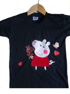 Camiseta em malha super macia de Santa Catarina com aplique bordado tamanho04..Aceitamos encomendas em outras cores e tamanhos.
