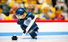 Juegos Infantiles. Lego Jugador de Hockey