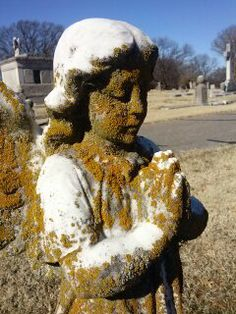 one winged angel, childs tomb, calvary hill Memphis Tn