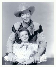 gail davis | Roy Rogers & Gail Davis promotion photo for the movie,'The Far Frontier'.