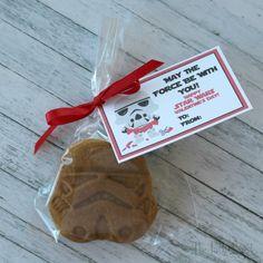 The Partiologist: Valentine Star Wars Cookies & Free Printable!