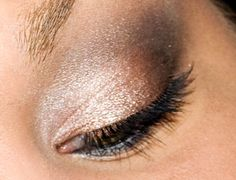 Beauty Gala » Tutorial: Bronzed Smoke Eyes, using Urban Decay's Naked Palette