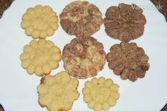Strojčekové pečivo (fotorecept) - Recept Ale, Cookies, Desserts, Food, Basket, Crack Crackers, Tailgate Desserts, Deserts, Ale Beer