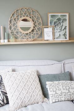 Green Rooms, Bedroom Green, Small Room Bedroom, Home Decor Bedroom, Home Living Room, Living Room Designs, Lounge Decor, Wood Interiors, Room Colors