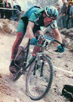 John Tomac, drop bars, bar end shifter and sti's, tioga disk drive, cantilevers, he was unique