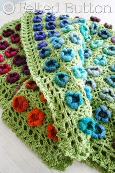 Monet's Garden Throw crochet pattern by Susan Carlson of Felted Button - $5.50