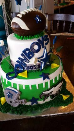 Dallas Cowboys cake by Sweet Doughmestics httpswwwfacebookcom