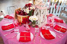 All American Wedding Table Display
