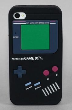 Retro iPhone cover fashioned as a Game Boy!