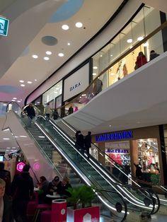mall of scandinavia acne