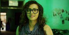 Parvathy as Tessa-2607 Charlie Malayalam movie 2015 stills-Dulquer Salman,Parvathy