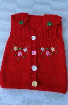 Recipe Vest With Plain Braided Colorful Flowers. 3 years old – Babykleidung Baby Cardigan, Knit Baby Dress, Baby Sweater Patterns, Baby Knitting Patterns, Crochet Patterns, Baby Patterns, Girls Sweaters, Baby Sweaters, Knitting For Kids