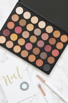 GIVEAWAY of the Moprhe 35F 'Fall Into Frost' Eyeshadow Palette.