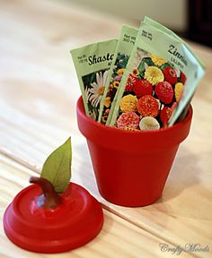 Craftymoods.com features low budgeted lifestyle projects that are fun, QUICK, and easy: Sweetest Apple Clay Jar EVER!