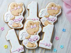 Пожалуй самые востребованные мишутки на сегодняшний день. . . #пряникиручнойработы #имбирныепряникиназаказ #пряникимелитополь #топперывторт #годовасие #gingerbread #royalicingcookies #angelassweets