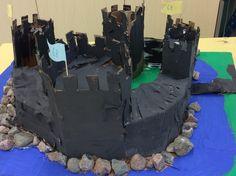 keskiaikainen linna kierrätysmateriaalista Arts And Crafts, History, Historia, Art And Craft, Art Crafts, Crafting