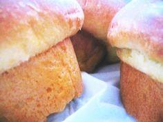 Description: Judulnya harus di kasi embel embel Roti atau Cake, karena Bluder itu ternyata ada 2 jenis (eh…sapa tahu lebih…) Ini roti yang paling enak menurutku. Kalau di tawari Roti Bl…