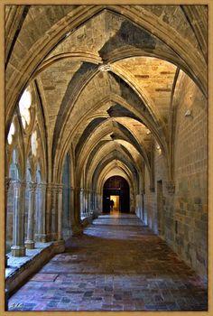 Monasterio de Veruela...  Claustro.... s. XIV  Zaragoza  Spain
