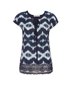 Printed Twist Front Top   Rickis