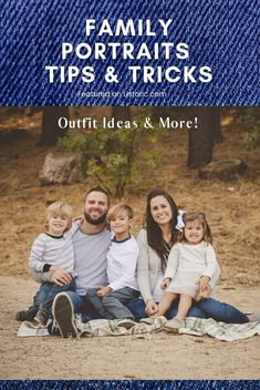 Picture Day Outfits, Family Picture Poses, Family Photo Outfits, Casual Family Photos, Fall Family Photos, Family Pictures, Fall Family Portraits, Comfortable Clothes, Family Photographer