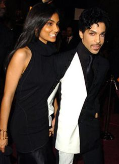 Do you think Eric Benet upgraded or downgraded from Halle Berry with his new girl friend Manuela Testolini?         Prince been turned her out y(...)