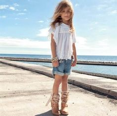 Light washed denims blend well with light-colored or pastel garments. #SMKidsFashion #kidstyle #denimstyle #tips #smcitymanila