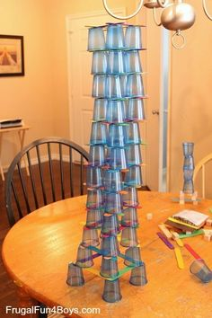 4 Engineering Challenges for Kids (Cups, Craft Sticks, and Cubes!) – Frugal Fun For Boys and Girls 4 Engineering Challenges for Kids Challenge Using any size base, build the tallest possible structure. School Age Activities, Steam Activities, Science Activities, School Age Crafts, Cognitive Activities, Science Books, Computer Science, Engineering Projects, Science Projects