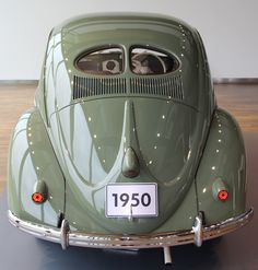 Check out Air-cooled vintage VW Beetles, Ghias and Buses for sale because half the fun in Buying a classic Volkswagen is looking at all the photos and video Vw Bugs, Vw Camper, Volkswagen New Beetle, Beetle Car, Volkswagen Golf, Post Bus, Van Vw, Kdf Wagen, Vw Vintage