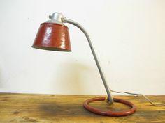 Superb seltene Bauhaus Rohrtischleuchte Nr H S Bormann Kandem Lampe Tischleuchte in Antiquit ten u Kunst