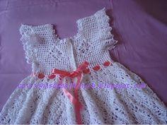 COISINHAS DA BELHINSCH: Vestido de Croche Branco