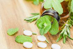 Εναλλακτικές αποδεδειγμένες θαυματουργές θεραπείες που θάφτηκαν από τις φαρμακοβιομηχανίες.