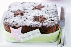 Get the jump on your Christmas baking by making this classic fruit cake now. Wrap it well and it will be perfect to serve, or give as a gift, on Christmas Day! Christmas Food Gifts, Xmas Food, Christmas Cooking, Christmas Desserts, Christmas Cakes, Christmas Fruitcake, Christmas Recipes, Christmas Nibbles, Xmas Cakes