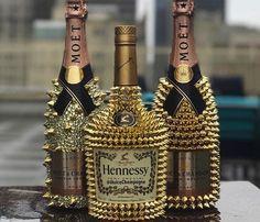 Bedazzled Liquor Bottles, Decorated Liquor Bottles, Bling Bottles, Champagne Bottles, Glitter Bottles, Alcohol Bottle Decorations, Liquor Bottle Crafts, Alcohol Bottles, Custom Bottles