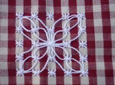 Discover thousands of images about . Sashiko Embroidery, Hand Work Embroidery, Hand Embroidery Stitches, Cross Stitch Embroidery, Embroidery Patterns, Chicken Scratch Patterns, Chicken Scratch Embroidery, Bordado Tipo Chicken Scratch, Embroidered Gifts