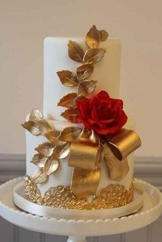 Gorgeous Cakes, Pretty Cakes, Amazing Wedding Cakes, Amazing Cakes, Gold Cake, Elegant Cakes, Wedding Cake Designs, Wedding Ideas, Fancy Cakes