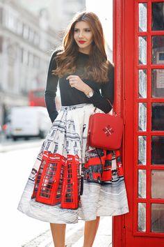 larisa costea, larisa costea blog, the mysterious girl, the mysterious girl blog, fasjhion blog, fashion blogger, blogger, fashion, fashionista, personal style, fashion week, fashion week fw 16, fw16-17, london fashion week, london fashion week 2016, london fashion week fw16-17, lfw, travel, london , uk, great britain, gb, chicwish, london print, buss, red bus, phone booth, iutta, romania, brand, it girl, ootd, lotd, outfir inspiration, day 1, iutta red bag, geanta iutta, little mistress…